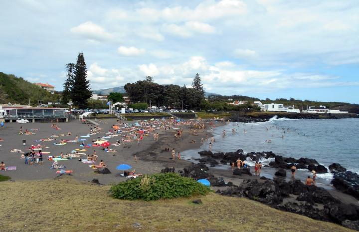 Praia do Populos