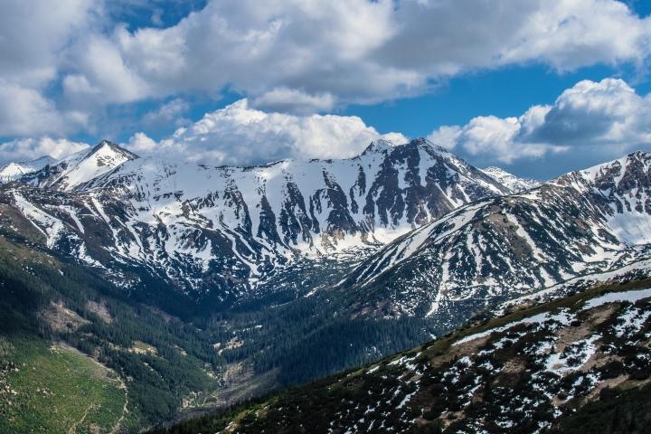 Dolina Jarząbcza wiosna szlak Grześ