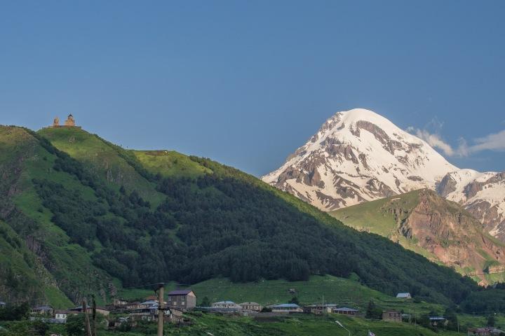 Kazbek rano