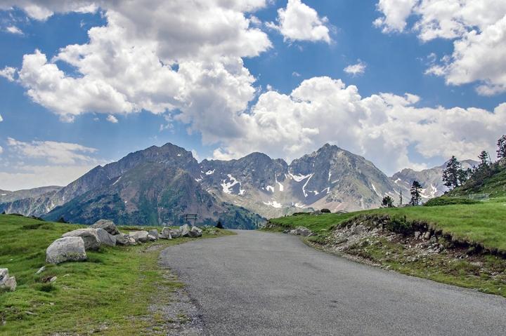 Neouvielle trekking szlaki Pireneje