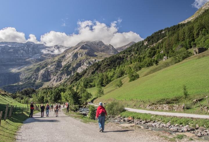 Gavarnie Pireneje szlaki trekking