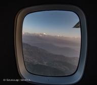 widoki z okna samolot Lukla