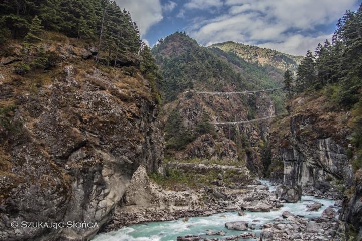 EBC, dwa wiszące mosty, HImalaje, Nepal,